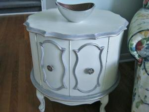 French Drum Table with grey/mauve edging and gilding $100.00