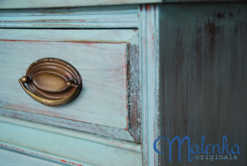 close up of Malenka dresser