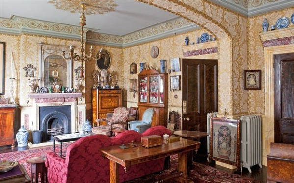 http://www.telegraph.co.uk/property/periodproperty/10044320/Interiors-a-Victorian-themed-BandB.html