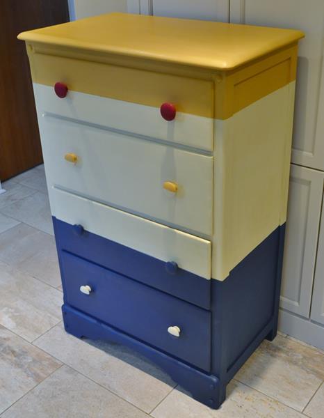 henry's dresser 3