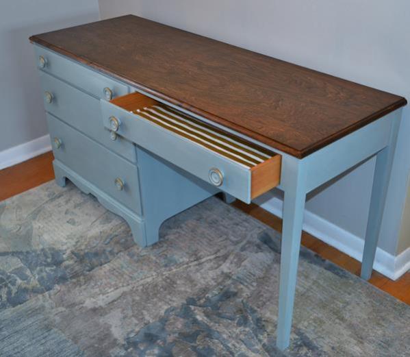 long desk1